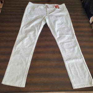 Arizona Jeans Super Skinny White Jeans - Size 17